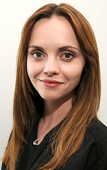 Christina Ricci Goes to Great Lengths | Hair Extensions Image 2