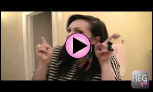 Video: What is a Feather Hair Extension.